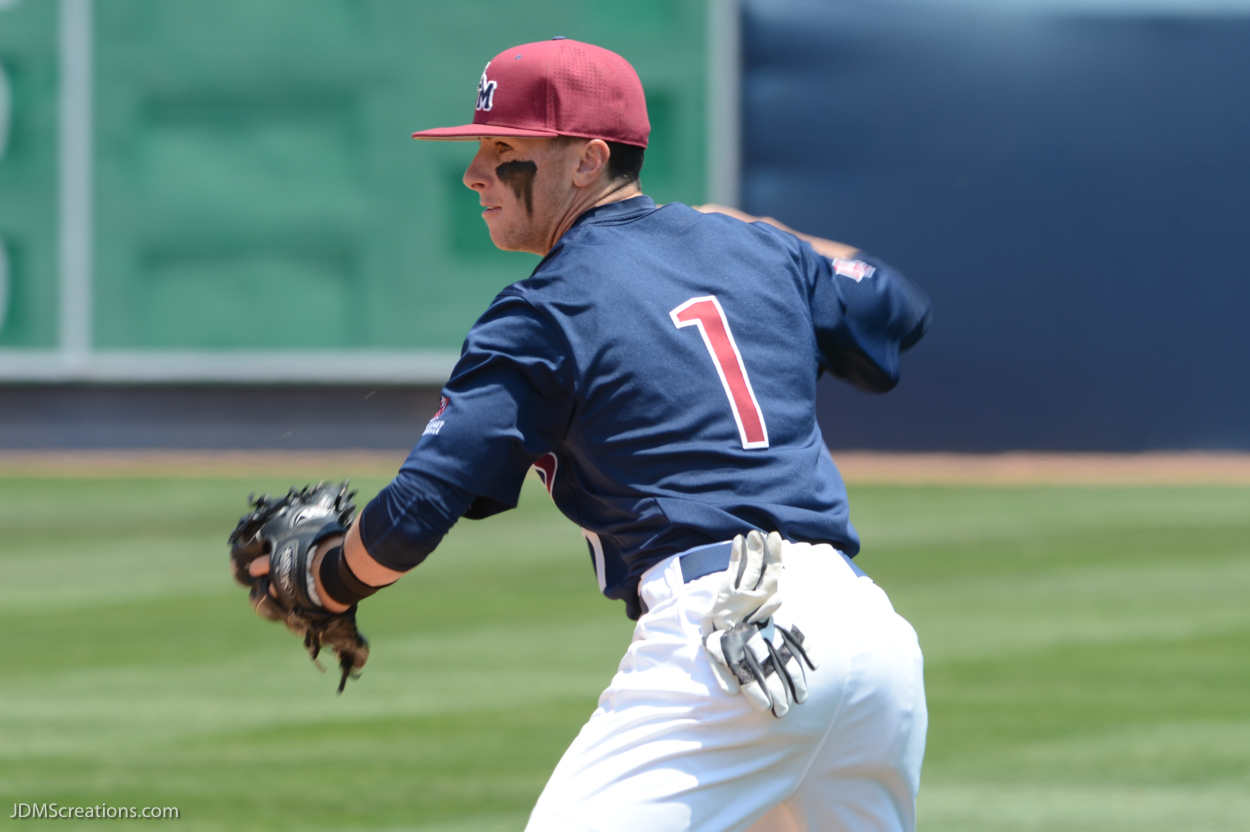 LMU Baseball vs. Gonzaga Senior Day May 15, 2016 Phil Caulfield fielding